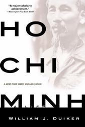 Ho Chi Minh - a life của W.J.Duiker là một công trình nghiên cứu đồ sộ và có uy tín